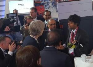 Prof Sethu Vijayakumar meets Prime Minister Theresa May.